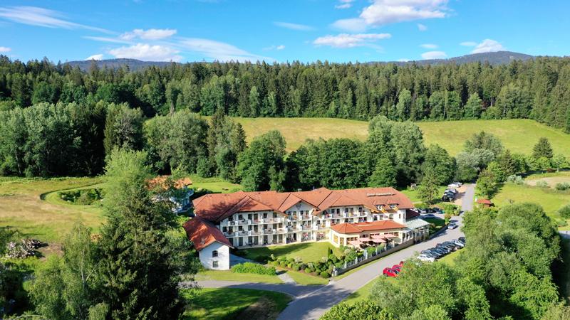 Drohneaufnahme Wellnesshotel Hammerhof